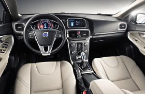 Volvo muestra los detalles del V40 en su nuevo anuncio de TV.