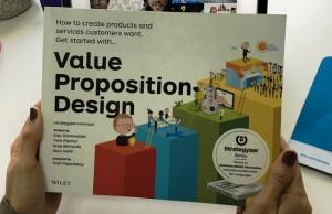 Insights recomienda Value Proposition Design.