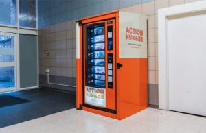 maquina expendedora - personas sin hogar