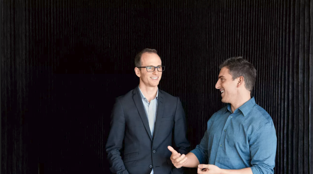 Brian Chesky Y Joe Gebbia imagen Scott Hartley